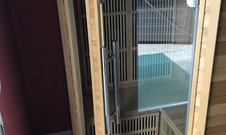 Jacuzzi et sauna de votre hôtel-restaurant Villers-le-Lac
